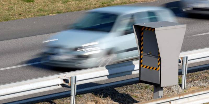 Meuse: un conducteur essaie d'échapper aux gendarmes à 240 km/h